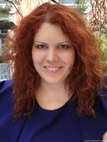 نينا كيزيهاغه - باحثة في الدراسات الدينية وفي أبحاث السلفية وهي تدرّس بجامعة روستوك الألمانية. كما أنها تنشط في المشاريع التطوعية وفي برامج الوقاية من التطرف. Foto: picture-alliance/N. Käsehage