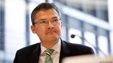 رودريش كيزفيتر، رئيس السياسة الخارجية للمجموعة البرلمانية لحزب الاتحاد المسيحي الديمقراطي الألماني. Foto: picture alliance/dpa