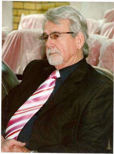 الأديب والأكاديمي العراقي أحمد خالص الشعلان