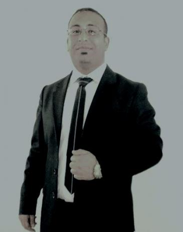 إسماعيل دبارة صحافي تونسي وعضو الهيئة المديرة لمركز تونس لحرية الصحافة