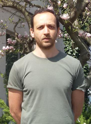 الناشط السوري في مجال حقوق الإنسان هادي الخطيب.  Foto: David Siebert