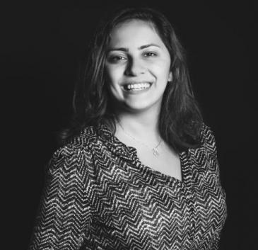لينا شنك صحفية أردنية تهتم بالكتابة التي توّثق تجارب الناس وحكمتهم مهما كانوا بسطاء. كتبت لمواقع أردنية وعربية وعالمية مثل موقع حبر، ورصيف22، والعربي الجديد، والجزيرة الإنجليزية.