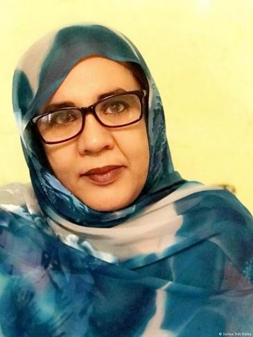 وزيرة الشؤون الاجتماعية والطفولة والأسرة السابقة السنية منت سيدي هيبة - موريتانيا.