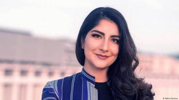 الصحفية الألمانية ذات الأصل الأفغاني وَصْلَتْ حَسْرَتْ-نَظِیمی، مديرة قسم التحرير الأفغاني في مؤسسة دويتشه فيله الإعلامية الألمانية.