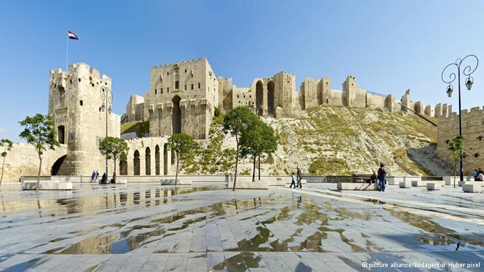 قنابل تهز دمشق القديمة