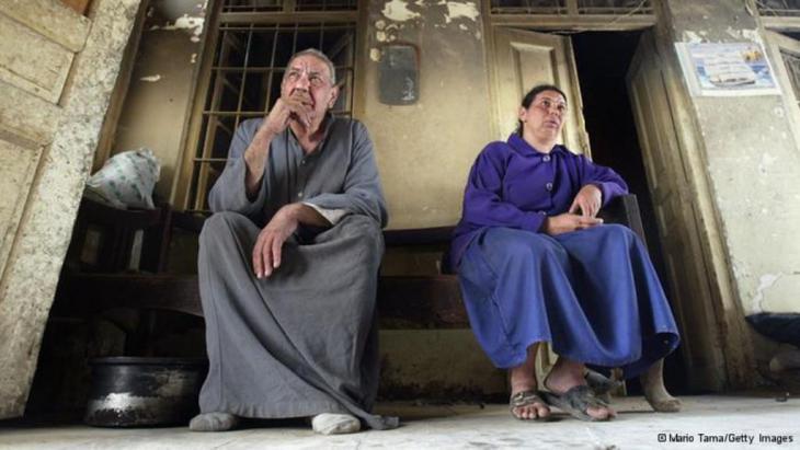 هاجر اليهود أو هجّروا من بلدهم العراق في أربعينات القرن الماضي ولم يتبق منهم حاليا إلا اقل من عدد أصابع اليد.