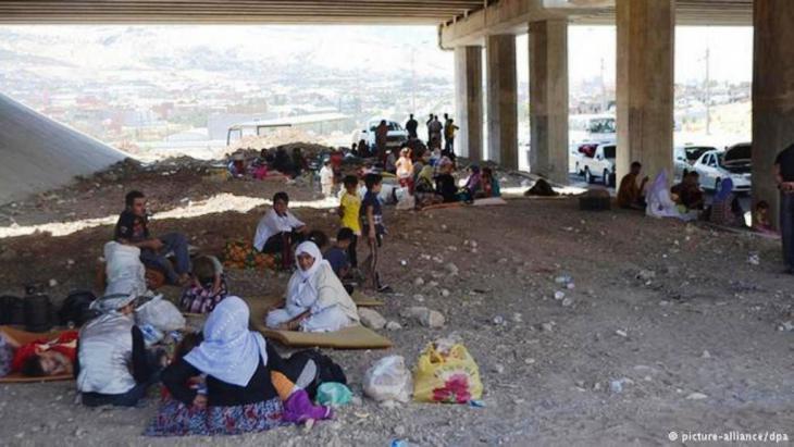 تقدر المنظمة العالمية للهجرة (IOM) عدد النازحين داخل العراق بحوالي مليون شخص