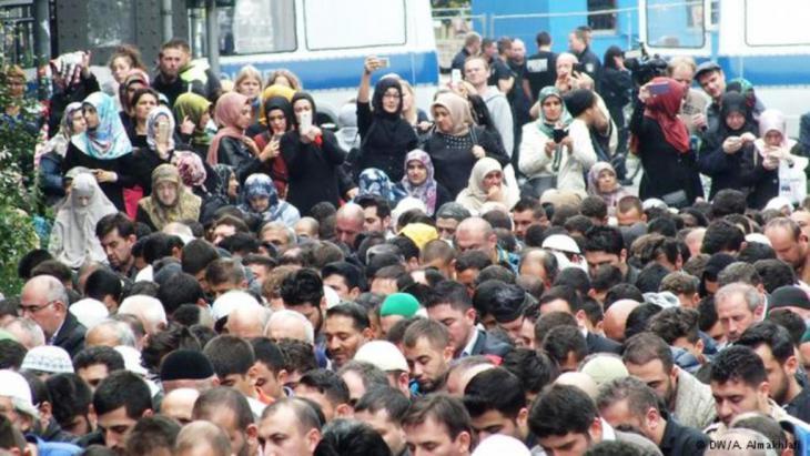 احترام ذوي المعتقدات الأخرى  Photo: Ali Almakhlafi