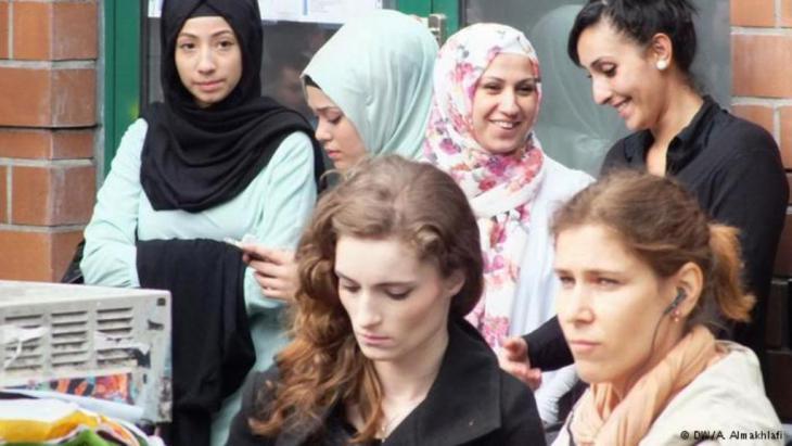 """""""ننتمي إلى المجتمع الألماني""""  Photo: Ali Almakhlafi"""