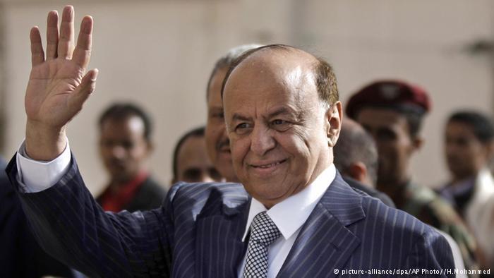 تمكن الرئيس هادي السبت 21 / 02 / 2015 من الفرار إلى عدن من مكان إقامته الجبرية في صنعاء، والتي فرضت عليه منذ استيلاء الحوثيين على القصر الرئاسي في 20 / 01 / 2015.