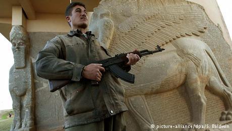 """مدينة """"النمرود"""" هو الاسم الحديث للمدينة الآشورية الواقعة على بعد 30 كيلومتر جنوب شرق الموصل، التي كانت تسمى أيضا كالح وكالخو وتأسست في 13 قبل الميلاد. والآن دمرها داعش."""
