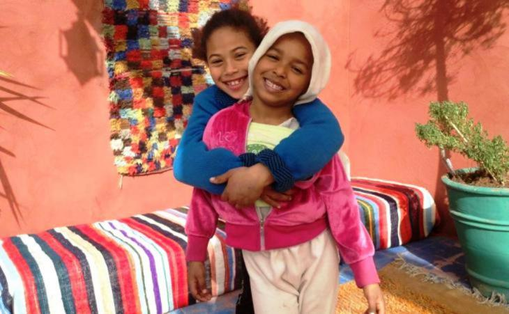 ملاذ وواحة لإيواء أطفال الشوارع في المغرب - مطعم سيسام غاردن في المدينة العتيقة في مراكش.