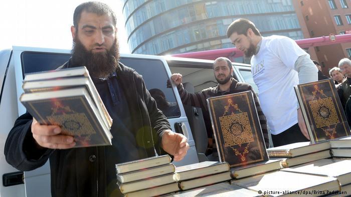 حملات توزيع نسخ من المصحف باللغة الألمانية من طرف السلفيين في ألماتيا