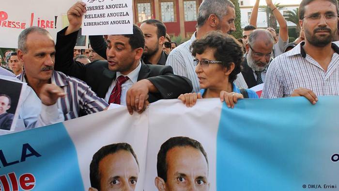 حالة الصحافة في الجارتين المغرب والجزائر تدهورت أيضا رغم الاستقرار السياسي. واحتلت الجزائر المرتبة 129 بينما المغرب جاء في المرتبة 131.