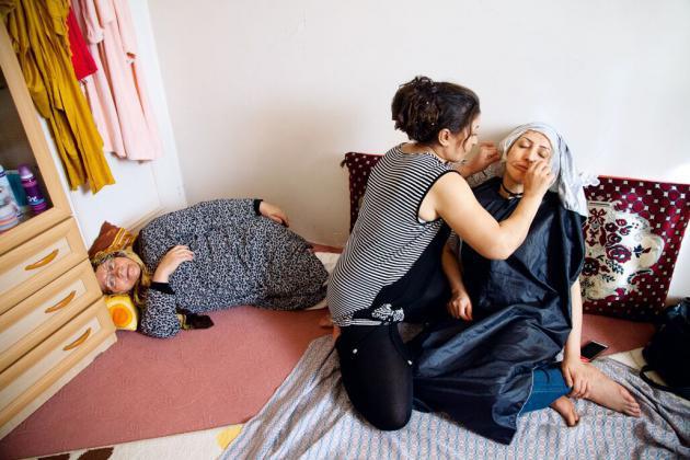 """""""بين النساء"""": الجمال المخفي في إيران. حقوق الصورة: سمانه خسروي"""