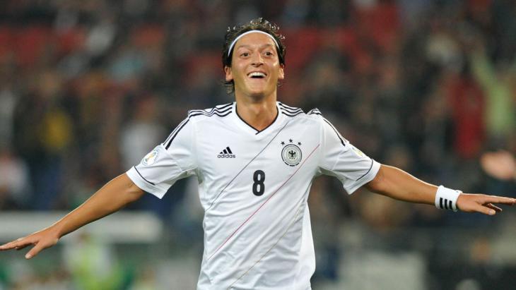 بطولة كأس الأمم الأوروبية - نجوم كروية من أصول مهاجرة تسطع في سماء يورو 2016 Reuters
