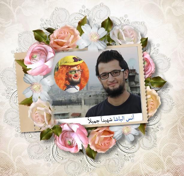 رفض أنس الباشا الخروج من حلب المحاصرة وفضل ممارسة نشاطه كمهرج ليرسم البسمة على الأطفال، قبل أن يقتل تحت القصف.