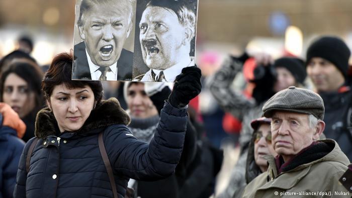 """بدأ الرئيس الأمريكي دونالد ترامب ولايته على وقع تظاهرات معارضة ضخمة. ونزل أكثر من مليوني شخص إلى شوارع واشنطن ومدن أمريكية أخرى -انضم إليهم متظاهرون حول العالم في """"مسيرة النساء"""" غداة تنصيبه رسميا."""