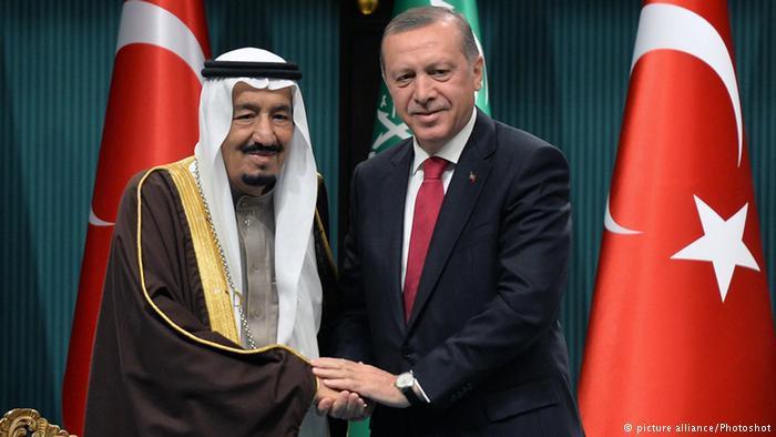 تركيا والسعودية...علاقة مد وجزر مديدة. الصورة: الرئيس إردوغان والملك سلمان.