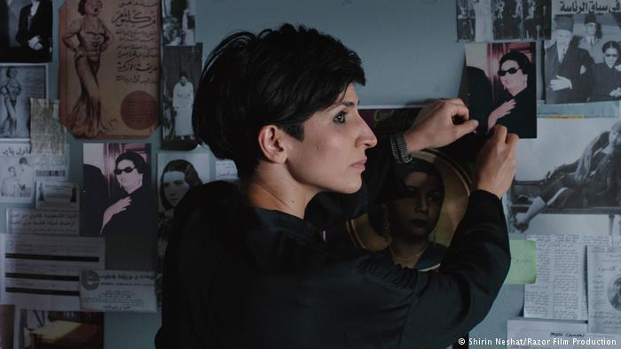 فنانة إيرانية (شيرين نشاط) تستذكر في فيلمها حياة مطربة مصرية أسطورية (أم كلثوم)