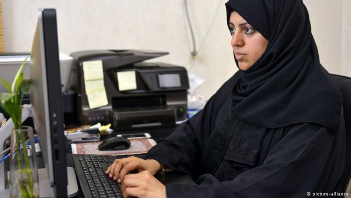 سعوديات حياتهن مُكَرَّسَة من أجل قضايا حقوقية وحرية المرأة