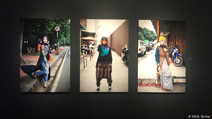 """""""معرض موضة النساء المسلمات"""" في ألمانيا - ضد الفرض والإرغام ومع حرية الاختيار"""