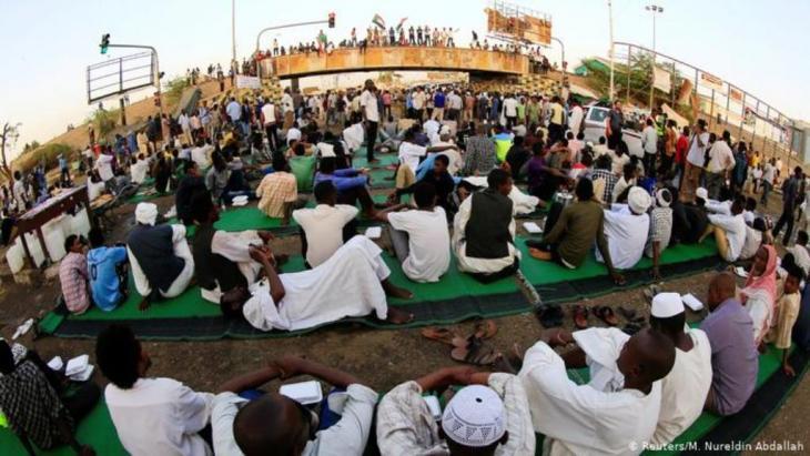جريمة على النيل: الثورة المضادة تضرب في الخرطوم والعالم يراقب