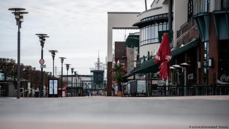 شوارع المدن الألمانية بدت خاوية من المارة خوفاً من فيروس كورونا