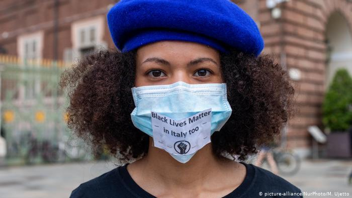 رغم كورونا احتجاجات عالمية عارمة ضد عنف الشرطة والعنصرية الممنهجة