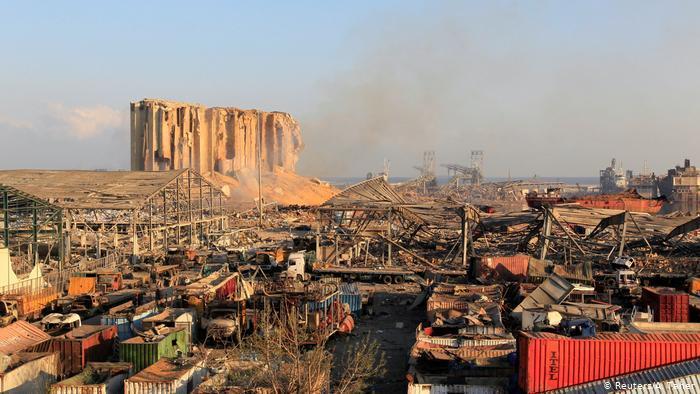 صور مروعة من انفجار مرفأ بيروت المرعب - كارثة مأساوية لم يشهد مثلها في تاريخه