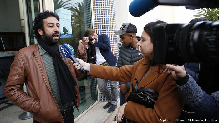 المغرب والجزائر - السياسة تُفرِّق واعتقال الصحافيين يُوحِّد
