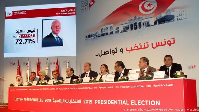 تونس ـ محطات وعرة على درب مخاض ديمقراطي عسير politik_in_tunesien_picture_alliance.