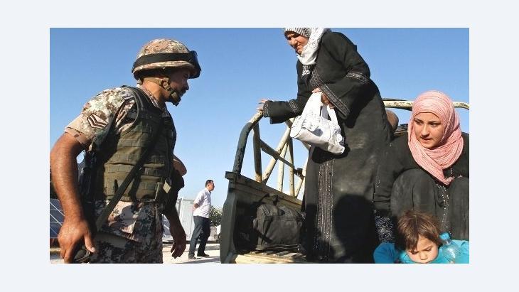 وصول لاجئين سوريين إلى الأردن. سبتمبر 2012. أ ب