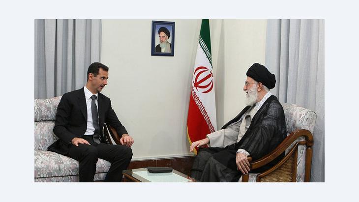 الرئيس السوري بشار الأسد وآية الله علي خامنئي في طهران. أ ب