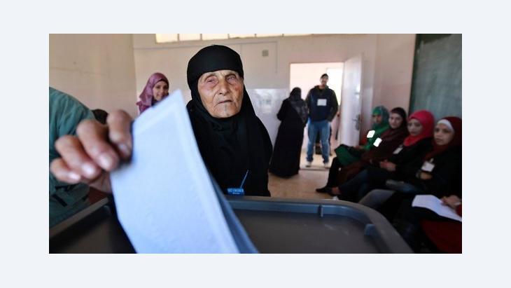 التصويت في الانتخابات الأردنية، عمان، 23 يناير/ كانون الثاني 2013. رويترز