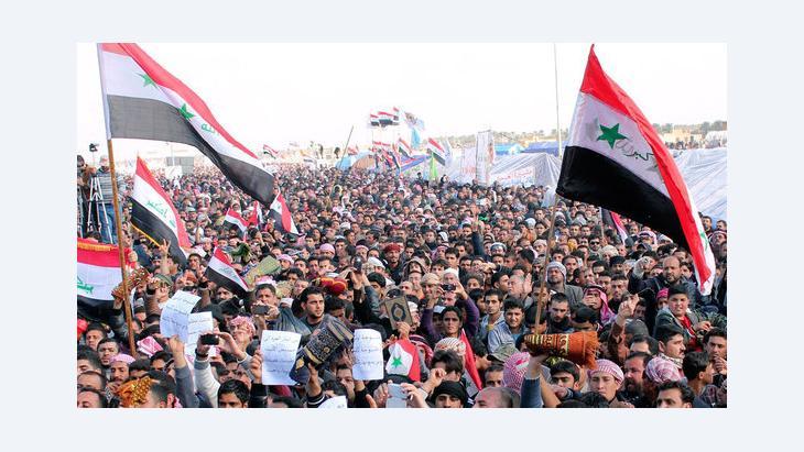 احتجاجات ضد الحكومة العراقية في الرمادي. فبراير/ شباط 2013. رويترز
