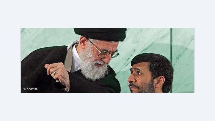 """""""أما الآن ونظرا لتضاءل التهديد الذي تشكله الحركة الخضراء- على الأقل في عيون خامئني- فلقد جاء الوقت لمساءلة احمدي نجاد"""""""