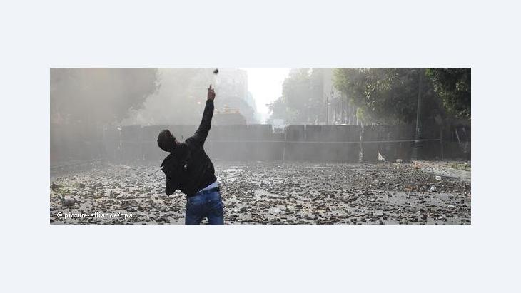 هل مصر بحاجة إلى ثورة ثانية لإنقاذ الثورة الأولى؟