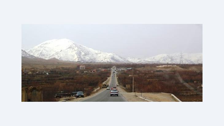 على الطريق السريع من كابول إلى مزار شريف، الصورة ماريان بريمر