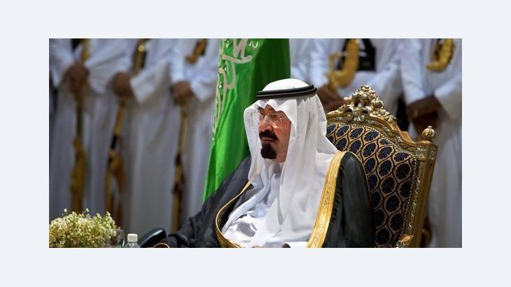 معضلة المرأة السعودية كبيرة جدا وليست محصورة فقط في مسألة الانتخاب، النساء في السعودية يطالبن بأكثر من هذا، يطالبن بالحقوق الأساسية
