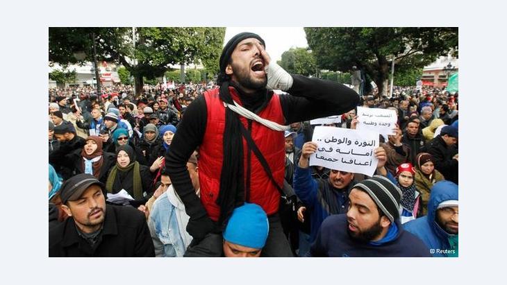 بعد اغتيال المعارض شكري بلعيد ـ تونس أمام منعطف جديد