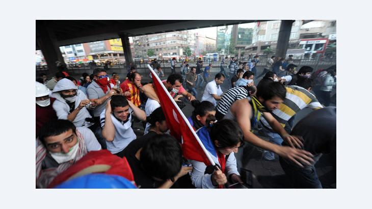 الاحتجاجات ضد حكومة اردوغان، الصورة غيتي اميجيس