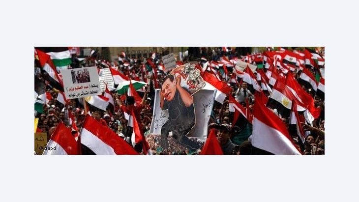 حوار مع الناشطة مي التلمساني حول المجتمع المدني في مصر
