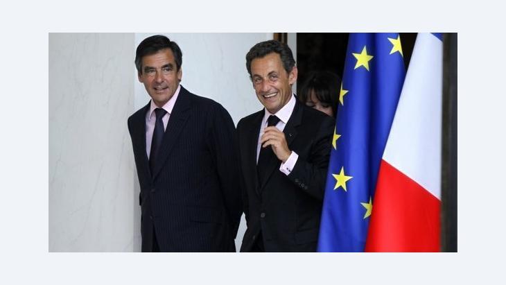 ساركوزي وفرانسوا فيون د ب ا
