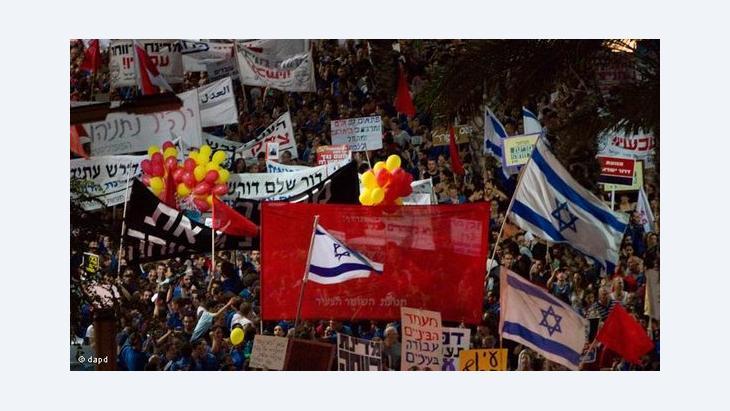 عدوى المظاهرات انتقلت إلى إسرائيل أيضا التي تشهد حركة احتجاجية كبيرة من وحي الربيع الثوري العربي