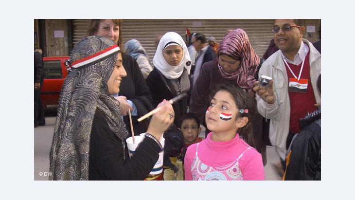 أجيال ومشارب مختلفة شاركت في ثورة مصر