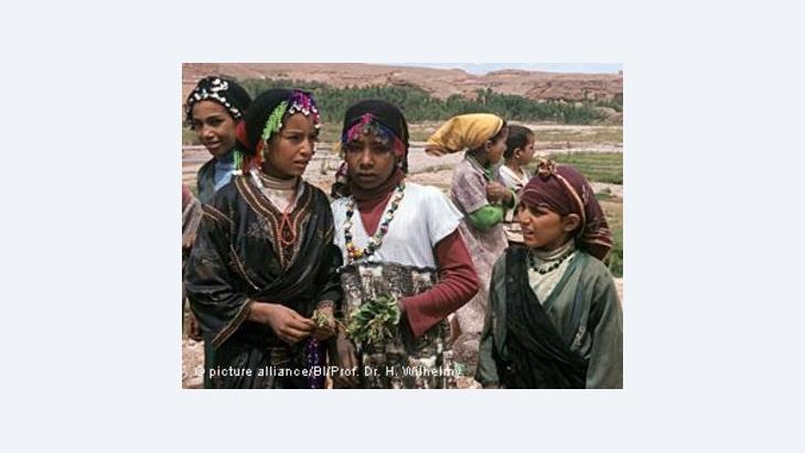 القناة الأمازيغية المغربية متهمة بالتركيز على الجانب الفلكلوري