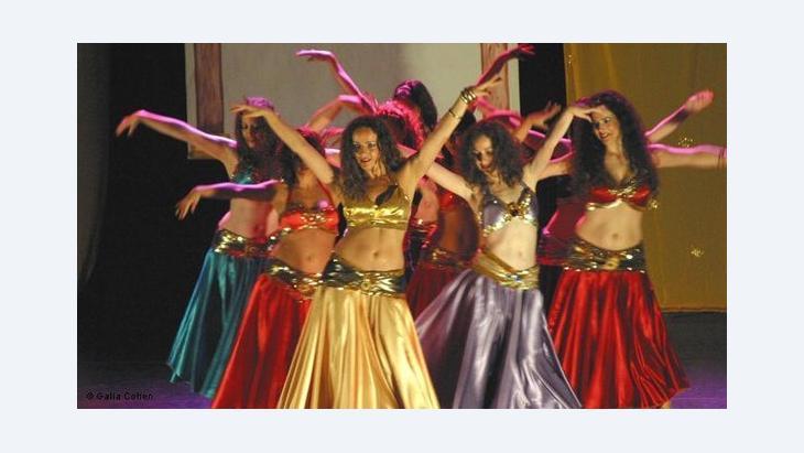 من المعروف أن مصر تحتضن فنونا، تراها التيارات الدينية متنافية مع قيم المجتمع كالرقص الشرقي