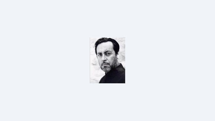 الممثِّل والمخرج التونسي، هشام رستم