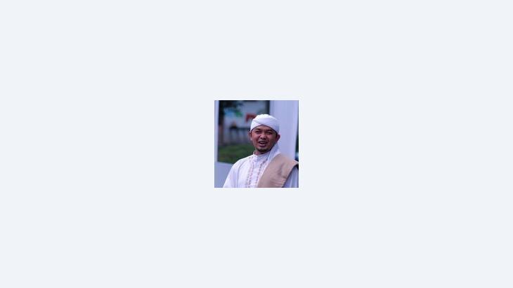 """الشيخ """"كياي"""" مامان إيمان الحق فقيه، الصورة: الصورة: الميزان"""